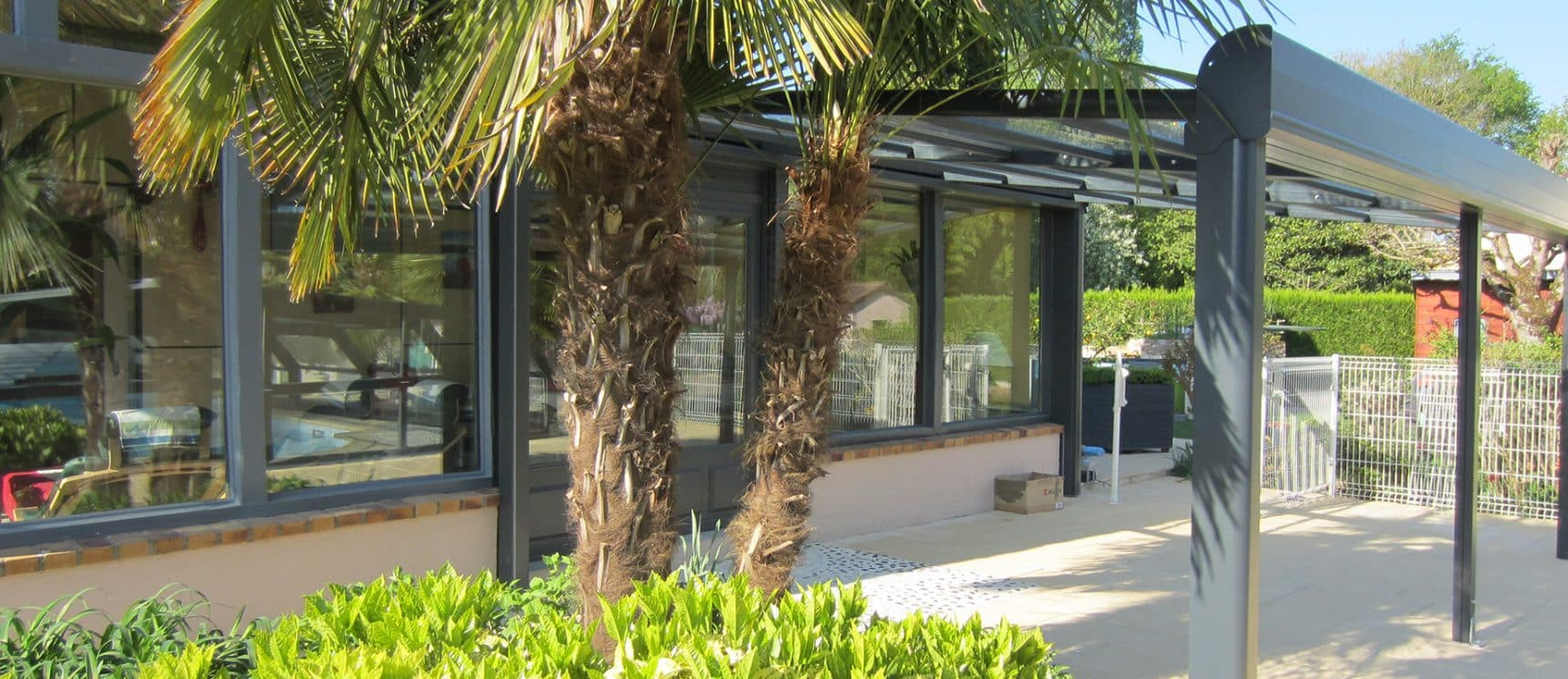 abri de terrasse en verre tremp de s curit protection terrasse. Black Bedroom Furniture Sets. Home Design Ideas