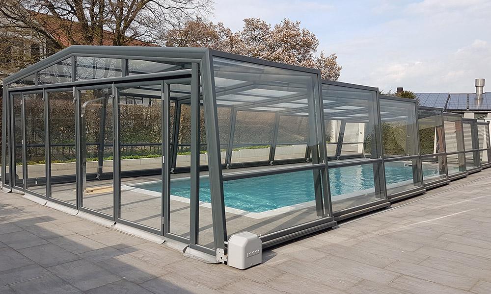 Abri de piscine haut Discret - Oberdorla, Allemagne