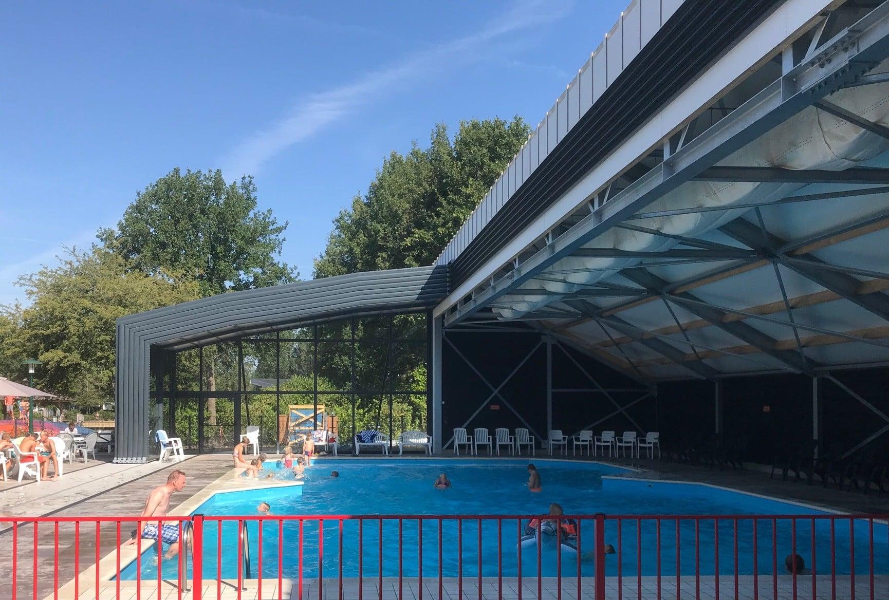 Abri de piscine Collectivités - Rheezerveen, Pays-Bas