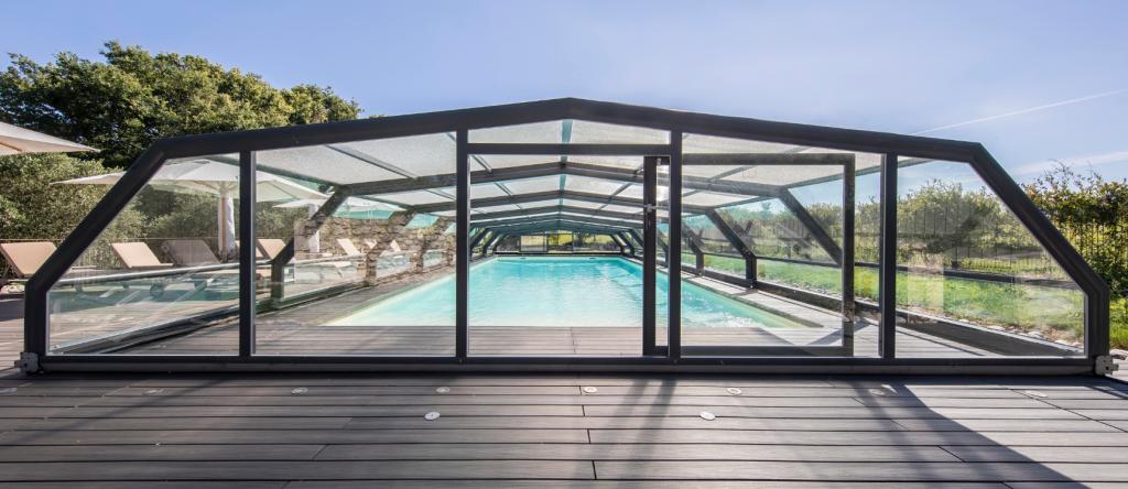 Abri de piscine mairies & collectivités
