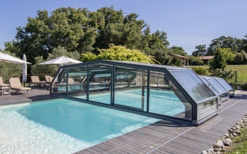 Abri piscine Gîtes & Hôtels