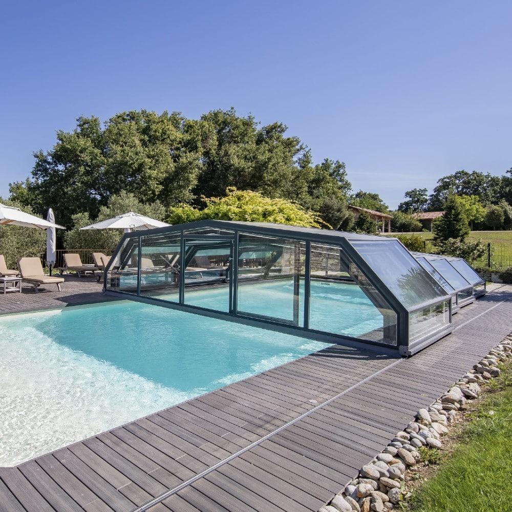 Abri de piscine pour gîtes & hôtels